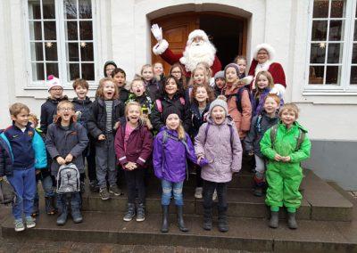 Juleforestilling i Egnsteateret og et møde med julemanden